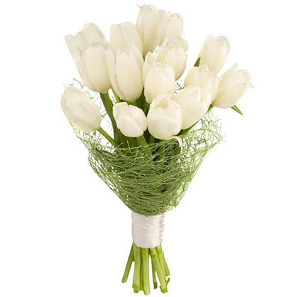 Заказать букет невесты спб с белыми тюльпанами, роз